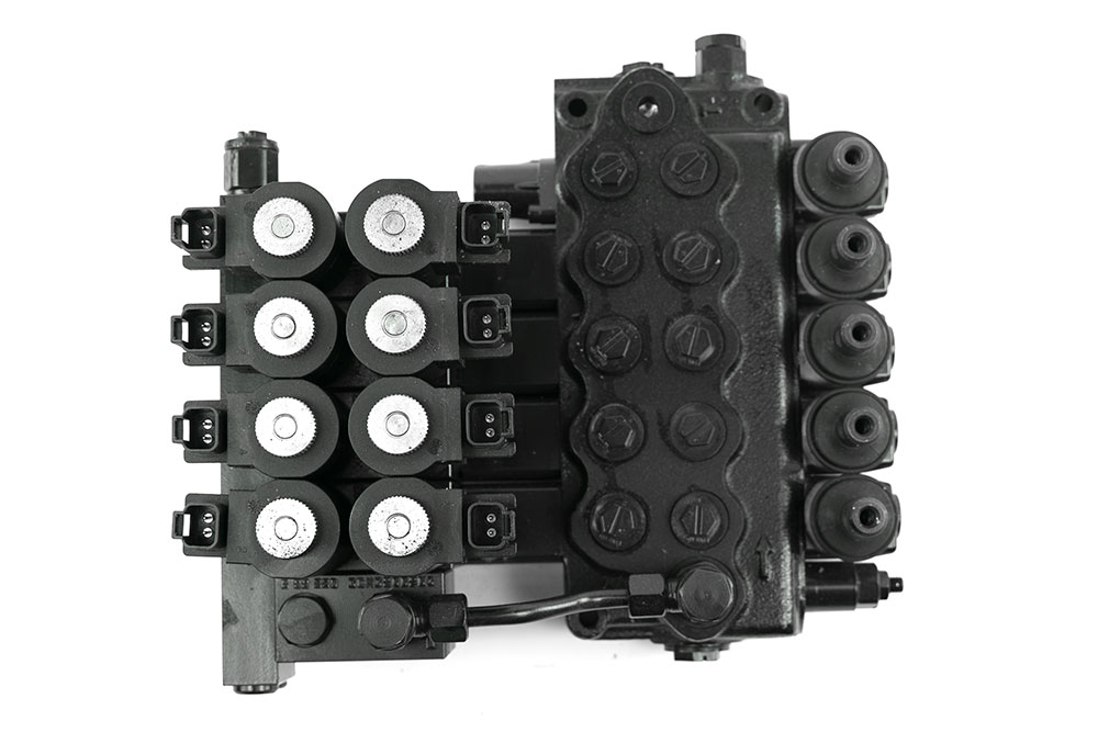 Miller 5-Spool Valve, 12V Walvoil DTU