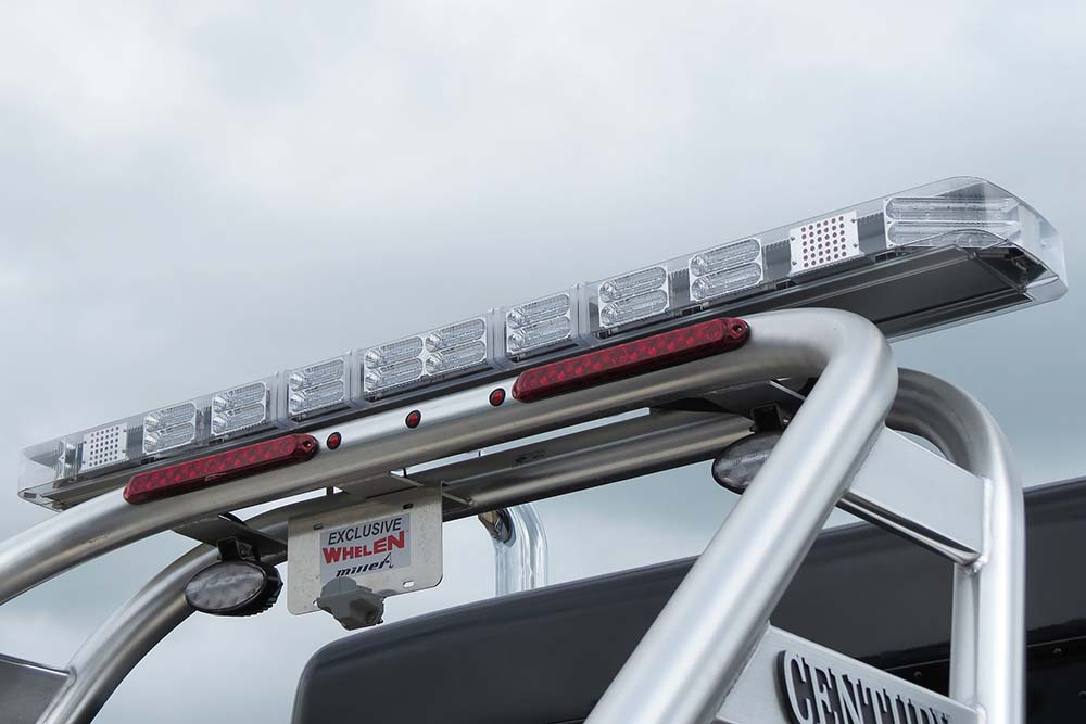 Whelen led lightbar 72 20 head exclusive miller industries offering aloadofball Images